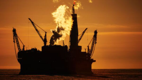 Morska platforma wydobywcza Prirazłomnaja - Sputnik Polska