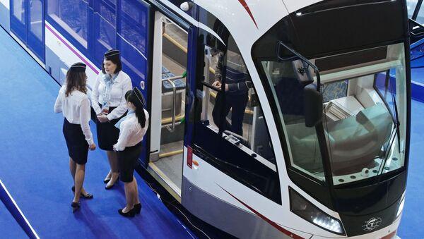 Tramwaj Witiaz na targach EkspoCityTrans w Moskwie - Sputnik Polska