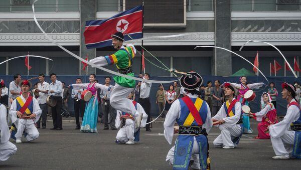 Mieszkańcy Pyongyangu świętują udany test bomby wodorowej w Korei Północnej - Sputnik Polska