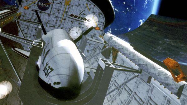 Ilustracja drona X-37 w kosmosie - Sputnik Polska