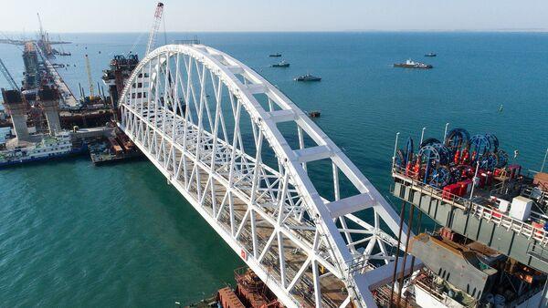 Łuk kolejowy Mostu Krymskiego - Sputnik Polska