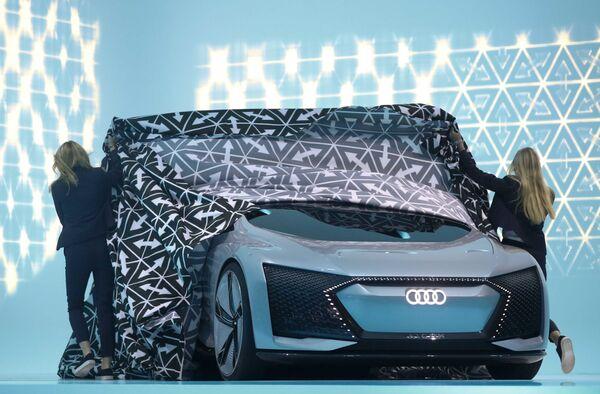 Audi Aicon na Międzynarodowym Salonie Motoryzacyjnym we Frankfurcie - Sputnik Polska