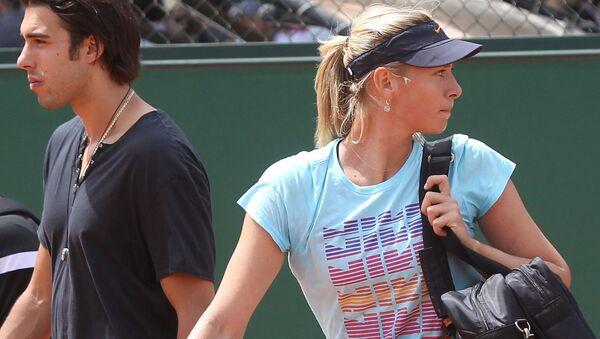Rosyjska tenisistka Maria Szarapowa zdradziła, dlaczego zdecydowała się na odwołanie ślubu z koszykarzem Sašą Vujačiciem - Sputnik Polska