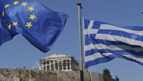 Flagi UE i Grecji w Atenach - Sputnik Polska