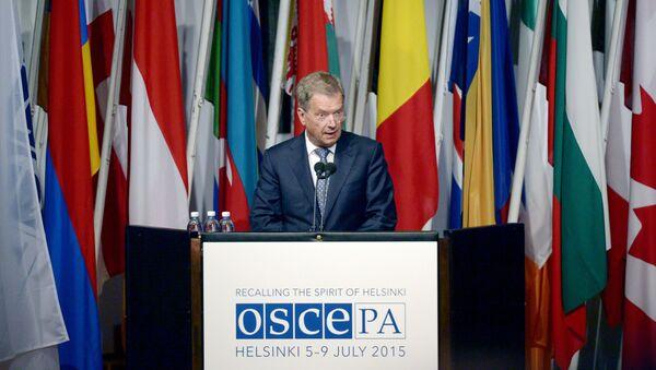 Prezydent Finlandii Sauli Niinisto zabiera głos w Zgromadzeniu Parlamentarnym w Helsinkach - Sputnik Polska