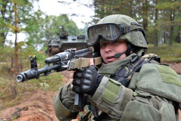 """Ćwiczenia wojskowe """"Zapad 2017"""" w obwodzie leningradzkim - Sputnik Polska"""
