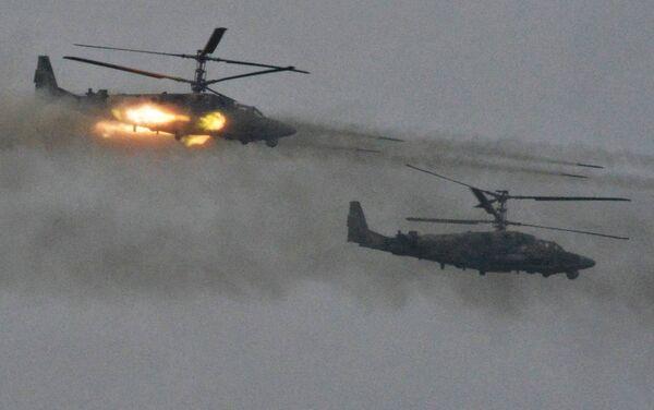 """Helikoptery Ка-52 Aligator podczas ćwiczeń wojskowych """"Zapad 2017"""" w obwodzie leningradzkim - Sputnik Polska"""