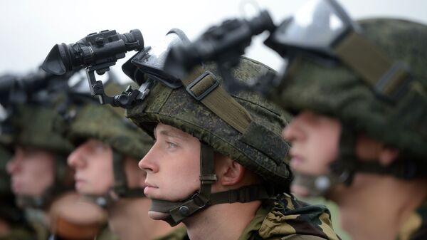 Żołnierze w goglach  - Sputnik Polska
