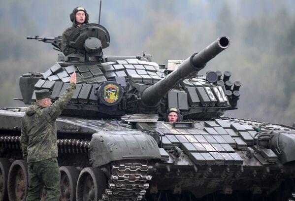 Rosyjsko-białoruskie ćwiczenia wojskowe Zapad 2017 w obwodzie mińskim - Sputnik Polska
