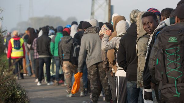 Uchodźcy w Calais, Francja - Sputnik Polska