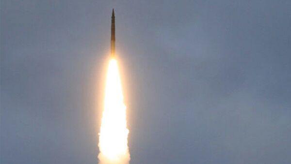 Test międzynarodowej rakiety balistycznej Topol - Sputnik Polska