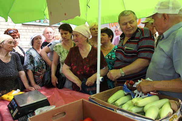 Akcja Chleb do każdego domu w rejonie kujbyszewskim obwodu donieckiego - Sputnik Polska
