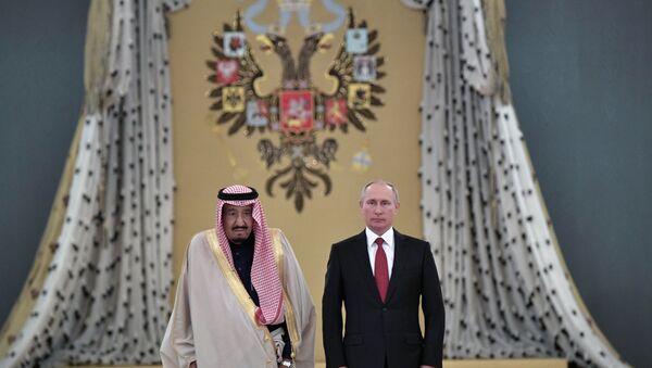 Władimir Putin i król Arabii Saudyjskiej - Sputnik Polska