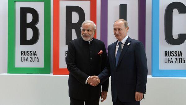Prezydent Rosji Władimir Putin i premier Indii Narendra Modi - Sputnik Polska