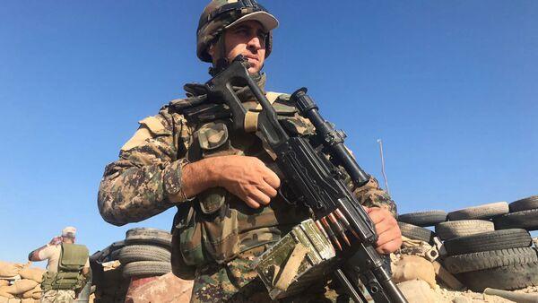 Żołnierze syryjskiej armii w rejonie Dajr az-Zaur - Sputnik Polska
