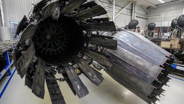 Testy nowego silnika samolotowego w Petersburgu - Sputnik Polska