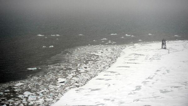 Górnicze miasto Barentsburg na archipelagu Spitsbergen - Sputnik Polska