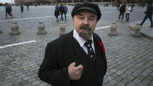 Sobowtór Lenina na Placu Czerwonym - Sputnik Polska