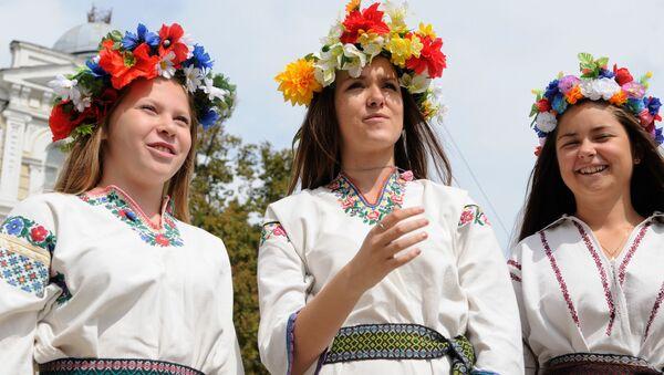 Parada wyszywanek w Kijowie - Sputnik Polska