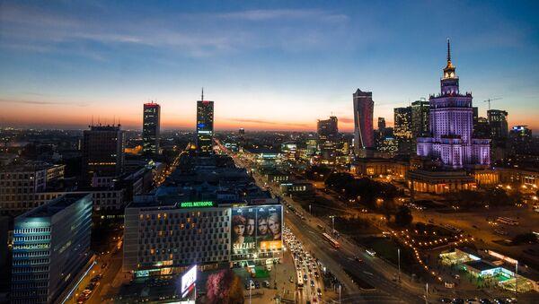 Widok na Warszawę porą wieczorową - Sputnik Polska