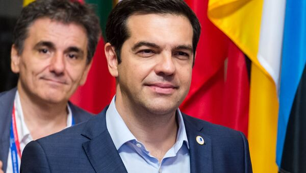 Premier Grecji Aleksis Tsipras i minister finansów Euclid Tsakalotos w Brukseli - Sputnik Polska
