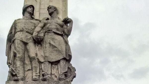 Pomnik Wdzięczności Armii Czerwonej zostanie usunięty z placu w Szczecinie - Sputnik Polska