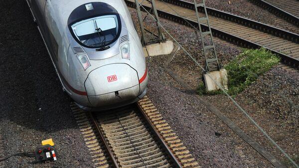 Pociąg dużych prędkości ICE w Niemczech - Sputnik Polska