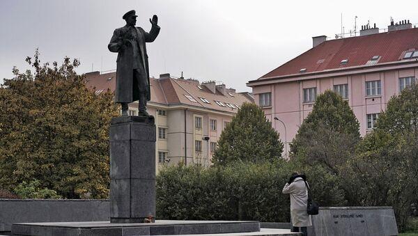Pomnik marszałka Iwana Koniewa w Pradze - Sputnik Polska