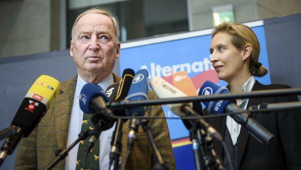 Liderzy prawicowej partii Alternatywa dla Niemiec Alexander Gauland i Alice Weidel - Sputnik Polska
