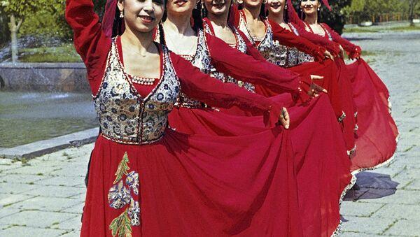 Zespół tańca z Uzbekistanu - Sputnik Polska