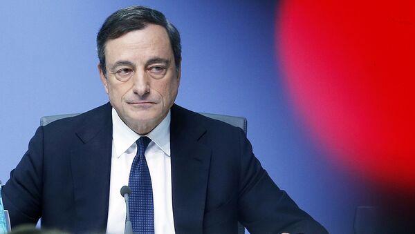 Prezes Europejskiego Banku Centralnego Mario Draghi - Sputnik Polska