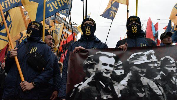 Uczestnicy marszu w Kijowie z okazji rocznicy powstania Ukraińskiej Powstańczej Armii (UPA, organizacja ekstremistyczna zakazana w Rosji) i Dnia Obrońcy Ukrainy - Sputnik Polska
