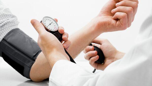 Pomiar ciśnienia arterialnego  - Sputnik Polska
