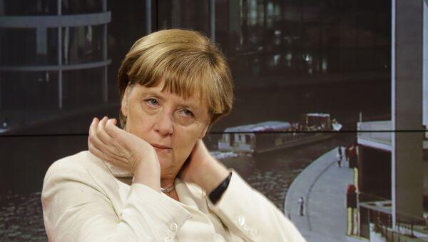 Kanclerz Niemiec Angela Merkel udziela wywiadu telewizji ARD - Sputnik Polska