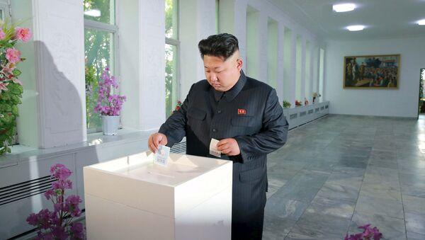 Północnokoreański przywódca Kim Dzong Un głosuje w wyborach do zgromadzeń ludowych prowincji, miast i powiatów - Sputnik Polska