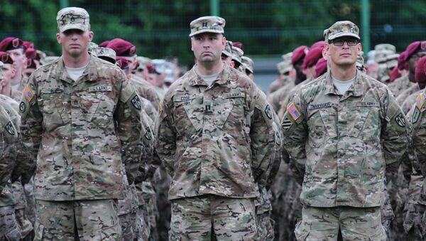 Amerykańscy wojskowi podczas ceremonii inauguracji międzynarodowych ćwiczeń wojskowych Rapid Trident 2015 na Ukrainie - Sputnik Polska