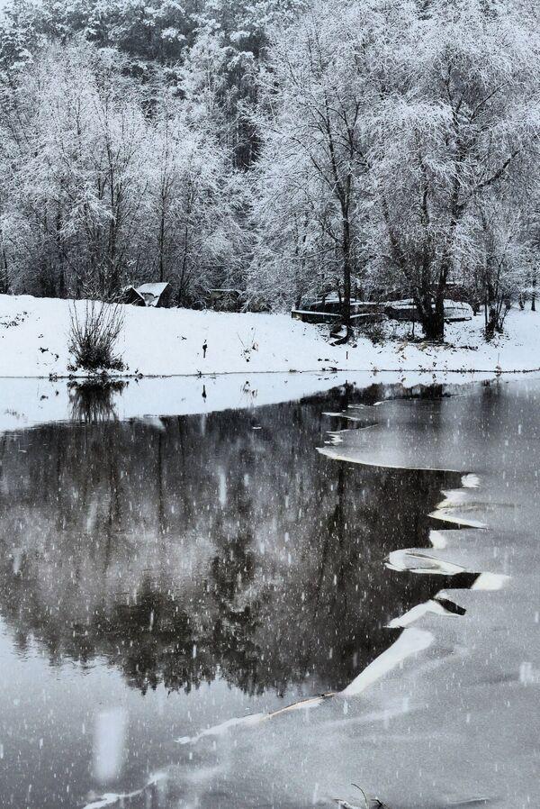 Rzeka Dniepr w okolicach białoruskiego miasta Rohaczów. - Sputnik Polska
