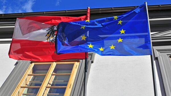 Flagi Austrii i UE - Sputnik Polska