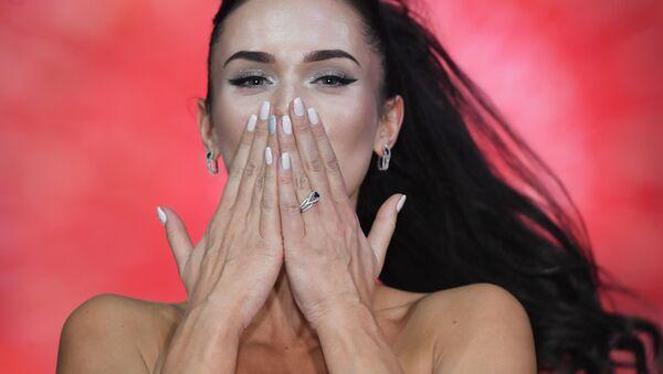 Laureatka konkursu 'Miss Moskwa 2017 Jelizawieta Łopatina - Sputnik Polska
