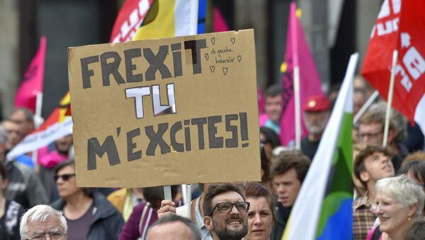 Frexit - Sputnik Polska