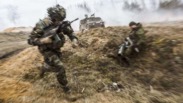 Żołnierze armii litewskiej podczas ćwiczeń - Sputnik Polska