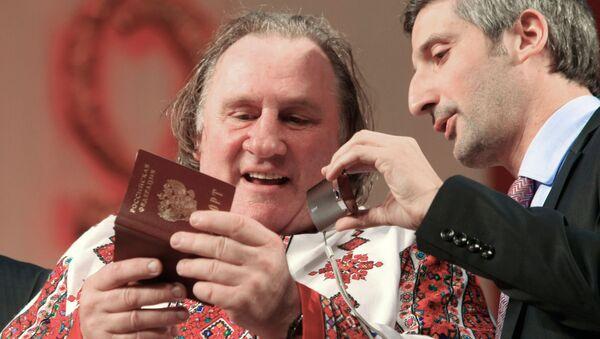 Gérard Depardieu w Sarańsku - Sputnik Polska