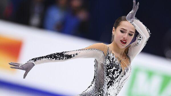 Rosyjska łyżwiarka Alina Zagitowa na Mistrzostwach Europy w Łyżwiarstwie Figurowym w Moskwie - Sputnik Polska