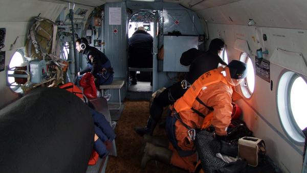 Pracownicy Ministerstwa ds. Sytuacji Nadzwyczajnych w czasie akcji poszukiwawczej na Morzu Japońskim - Sputnik Polska