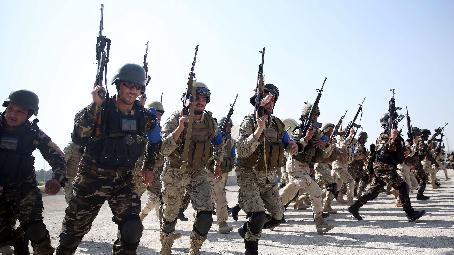 Siły Islamskiej Republiki Afganistanu podczas ćwiczeń w Kabulu - Sputnik Polska, 1920, 23.07.2021
