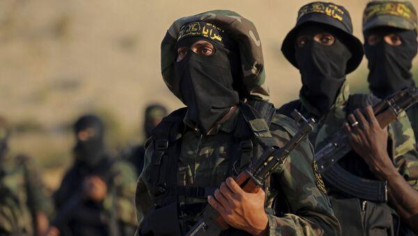 Terroryści z Palestyńskiego Dżihadu Islamskiego na ćwiczeniach wojskowych w Strefie Gazy - Sputnik Polska