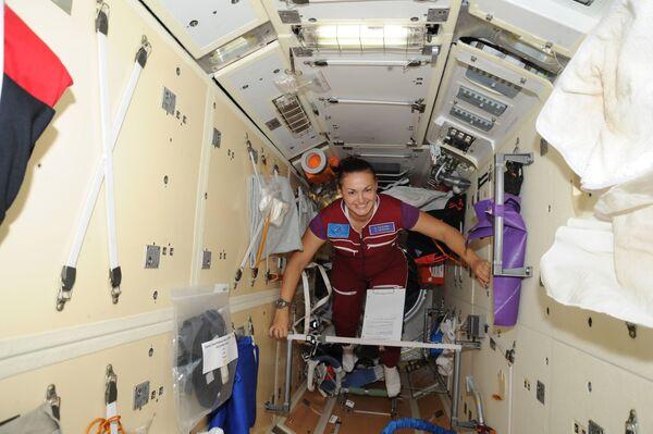 Rosyjska kosmonautka Jelena Sierowa - Sputnik Polska