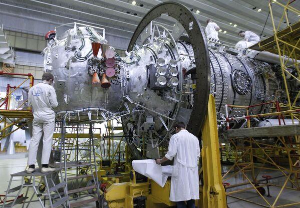 Montaż sprzętu na wielozadaniowym module laboratoryjnym dla MSK - Sputnik Polska
