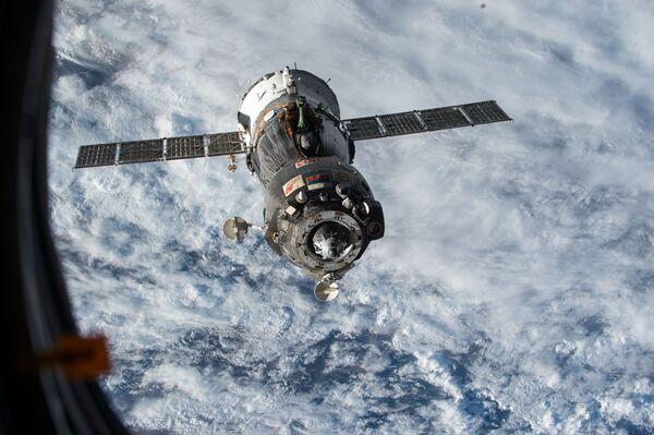 Statek kosmiczny Sojuz TMA-15M - Sputnik Polska