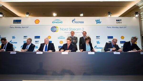 Przedstawiciele Wintershall Holding GmbH, Shell, Nord Stream 2 AG, Gazprom, ENGIE SA, Uniper SE i OMV AG - Sputnik Polska